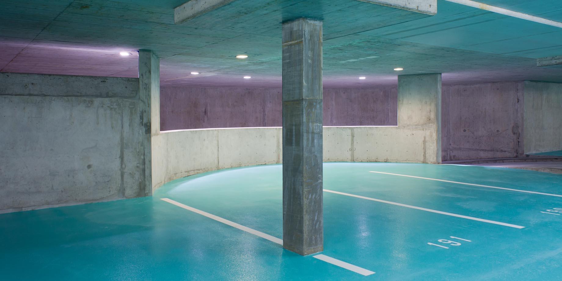 maskarade-architecture-arosa-parkgarage-innerarosa-2011-touristique-parking-stationnement-beton-1840