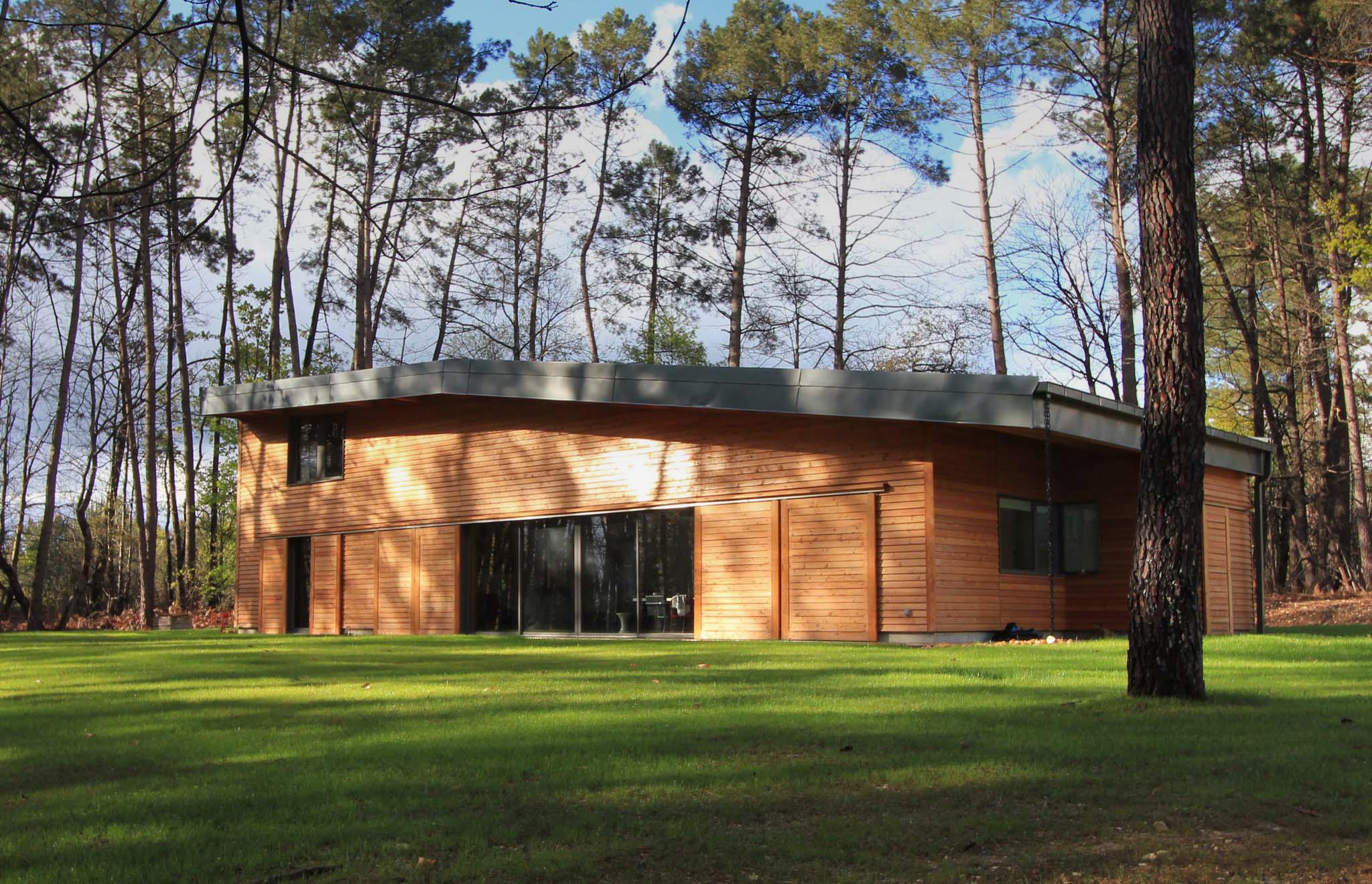 maskarade-architecture-maison-bois-vacances-dordogne-2