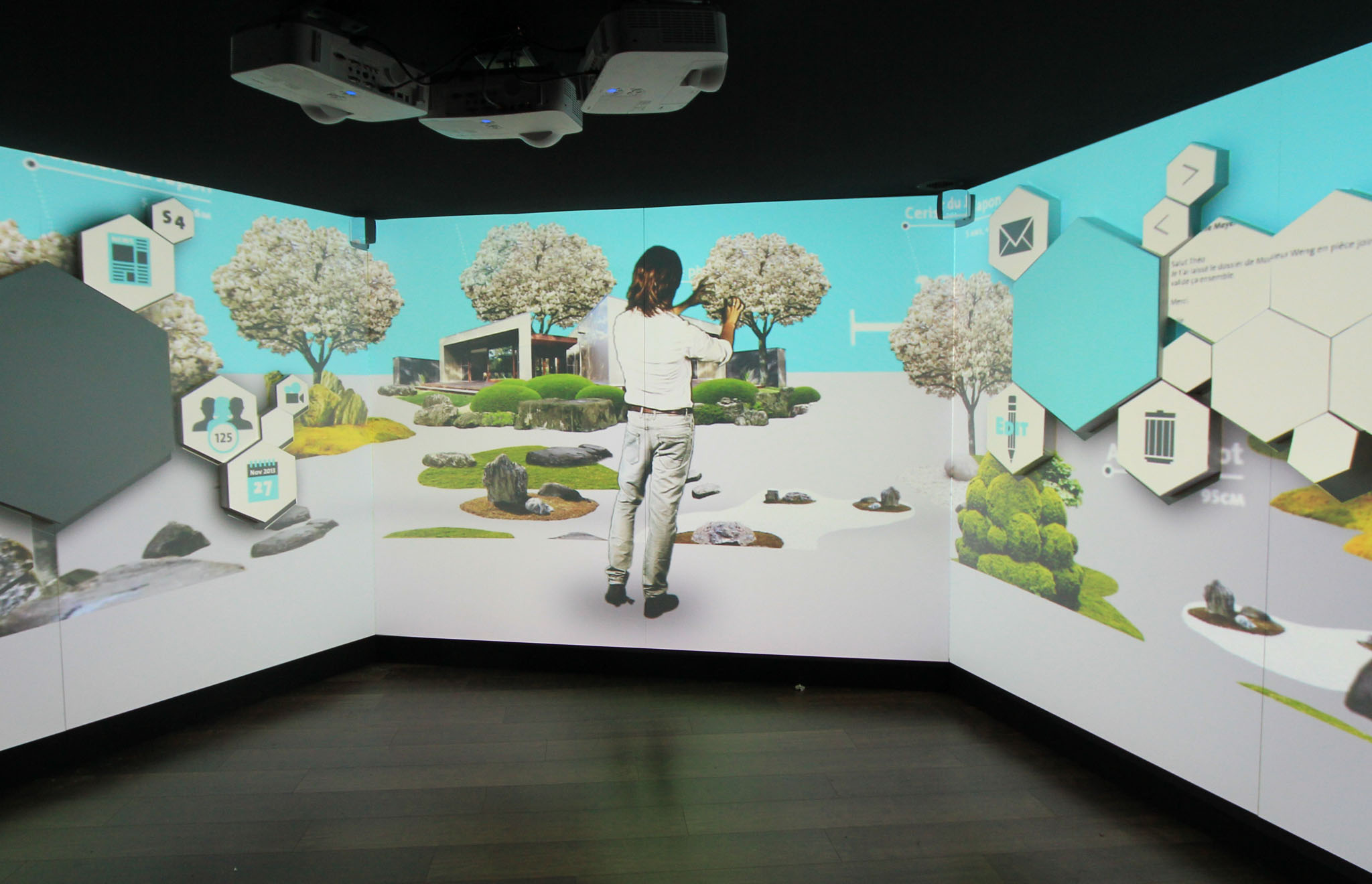 maskarade-scenographie-exposition-temporaire-histoire-portable